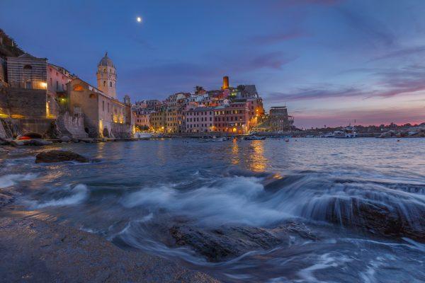Cinque Terre, Italie, Ligurie, Vernazza, pleine lune,