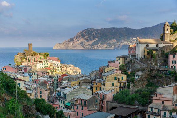 Stage photo Cinque Terre, Italie, Ligurie, lever de soleil sur Vernazza