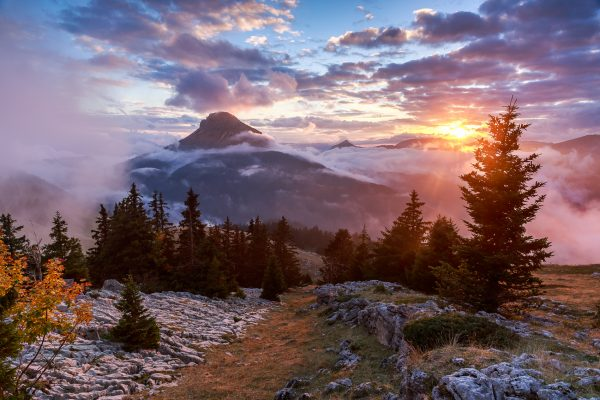 Alps, Isère, Chartreuse, Pravouta, coucher de soleil sur Chamechaude