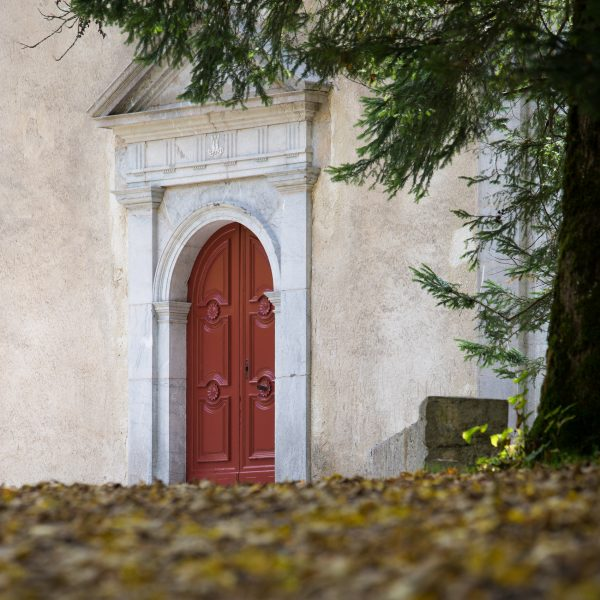Alps, Isère, Chartreuse, laporte du monastère, monastère de la Grande Chartreuse