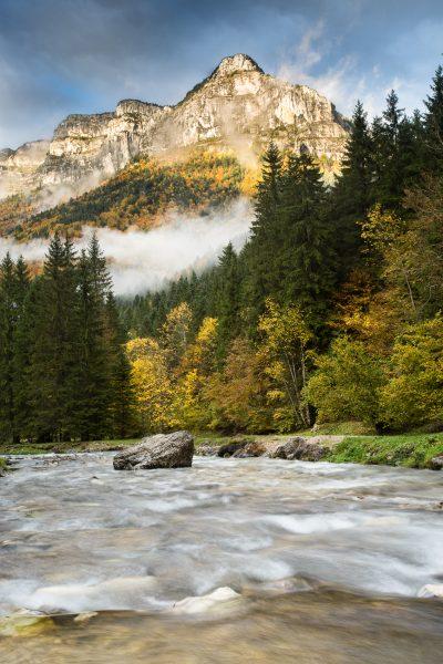 Alps, Isère, Chartreuse, le Guiers Vif au Cirque de St-Même