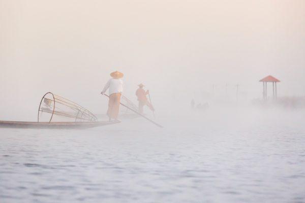 Myanmar, Birmanie, lac Inle, pêcheurs et nasses