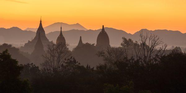 Myanmar, Birmanie, Bagan, lever du soleil
