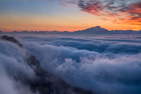lever de soleil sur le Mont Blanc, Chartreuse, Dôme de Bellefont, Alpes