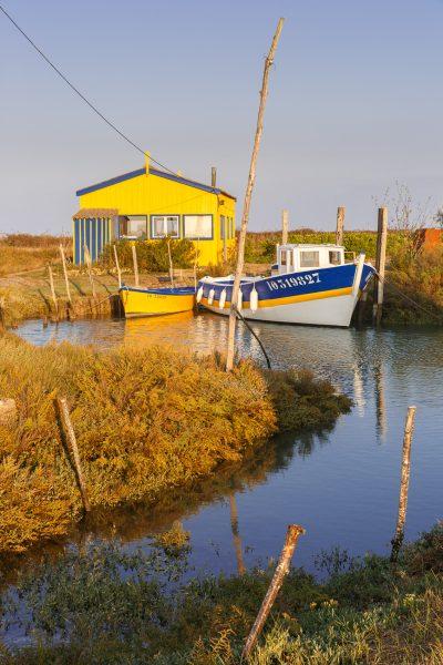 chenal ostréicole sur l'île d'Oléron, stage photo en Charente Maritime,