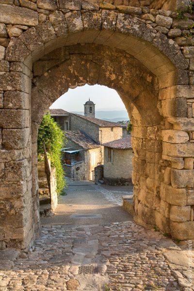 Village médiéval du Lubéron (Vaucluse), stage photo en Provence