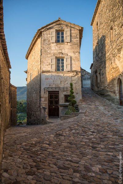 Village médiéval en Provence, Lubéron (vaucluse)