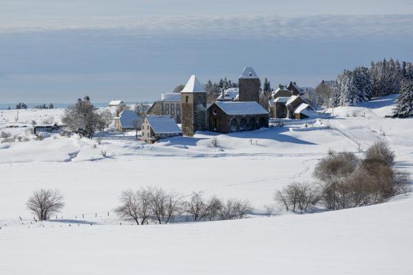 le village d'Aubrac en hiver, stage photo en Aubrac
